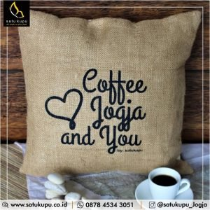Bantal Custom uk 40×40 – Goni – Quotes Pillow