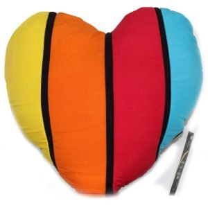 Bantal Love Motif Rainbow