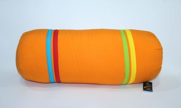 guling sofa warna orange