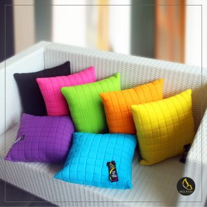 Bantal Sofa Uk 20×20-70×70 Motif Quilt