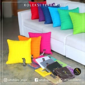 Sarung Bantal Sofa Uk 30×30-70×70 Motif Quilt